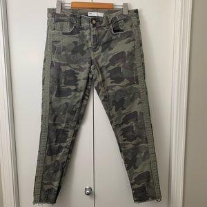 Zara Camouflage Cut Off Skinny Jean